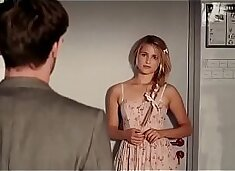Dianna Agron sex in the Family