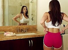 Busty Milf Kendra Lust and Riley Reid at Mommy's Girl